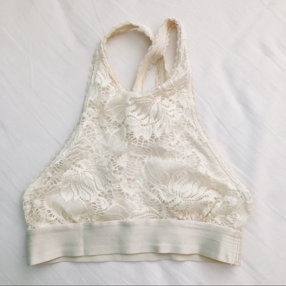 84a64dfcd5e24d Urban Outfitters Lace High Neck Bralette. M 5ae49ab65521be223e739907